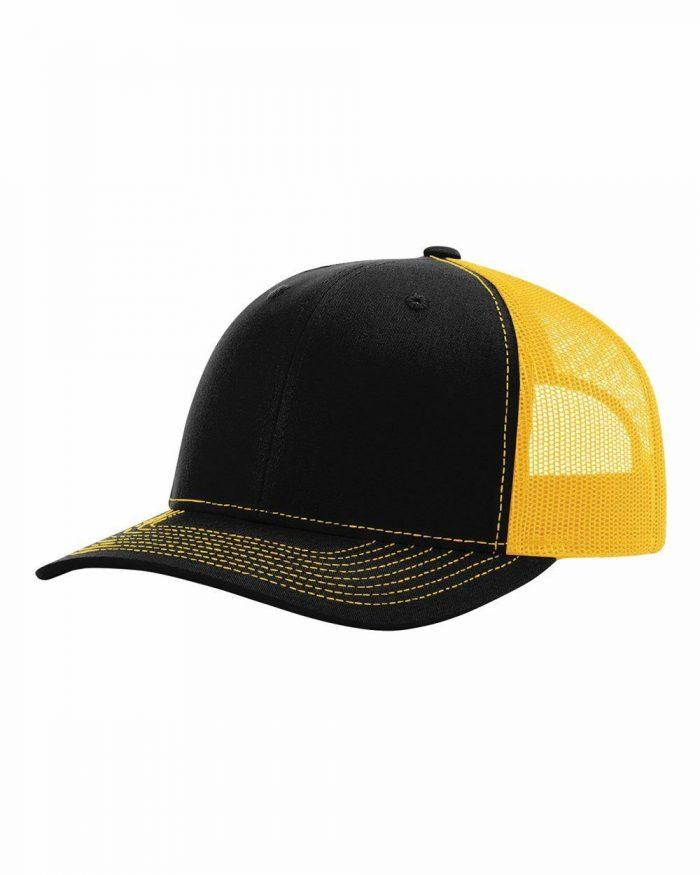 gorra richardson negra con amarillo